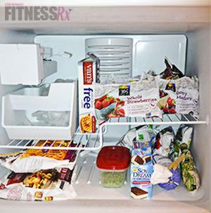 Fridge Peek: Juliana Daniell - An inside look at our cover model's diet!