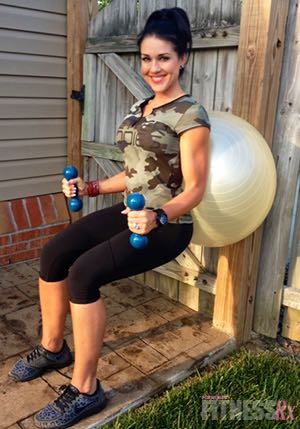 Fit Fast Swiss ball Workout - Fat Blasting, 25-minutes, Do It Anywhere!