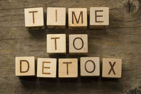 Detox to Improve Your Health and Feel Amazing